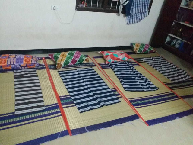 NEW USED MAT, PILLOW & BED SPREAD FOR IMMEDIATE SALE - 1/2