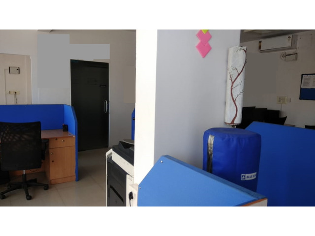 Office furniture for sale - 2/4