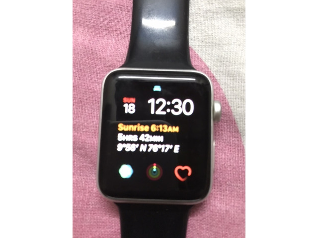 Apple Watch for sale series 3, 42 mm - 1/2