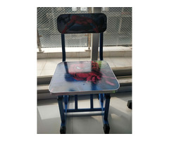 Study table and chair aa good as new - Image 2/2