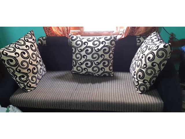 Sofa at best price - 1/2