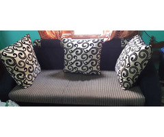 Sofa at best price - Image 1/2