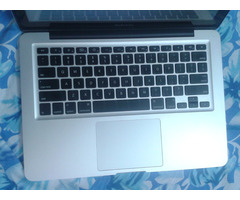 Apple Macbook Pro MD101HNA - Image 1/4