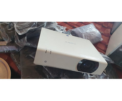 Sony Projector - Image 7/9