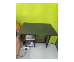 Large Almirah, Study Table and Single Bed - Image 3/3