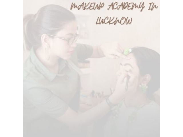 Get the Best Makeup Academy in Lucknow - 1/1
