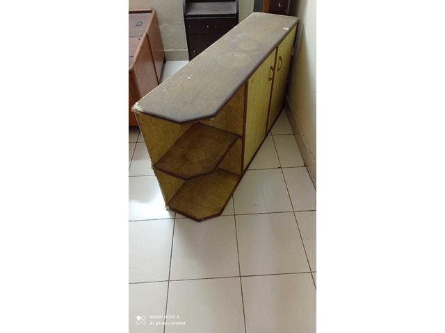 assorted Household furnitures_  items - 9/10