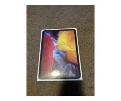 BRAND NEW Apple iPad Pro 2020, 128GB, Wi-Fi, 11 in - Space Gray - Image 1/2