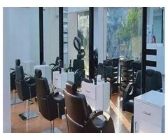 LooksMatter Unisex Salon - Image 9/10