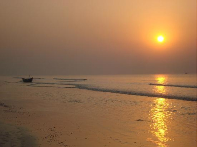 Luxurious Hotel For Sale in Digha at Profitable Prices - 1/1