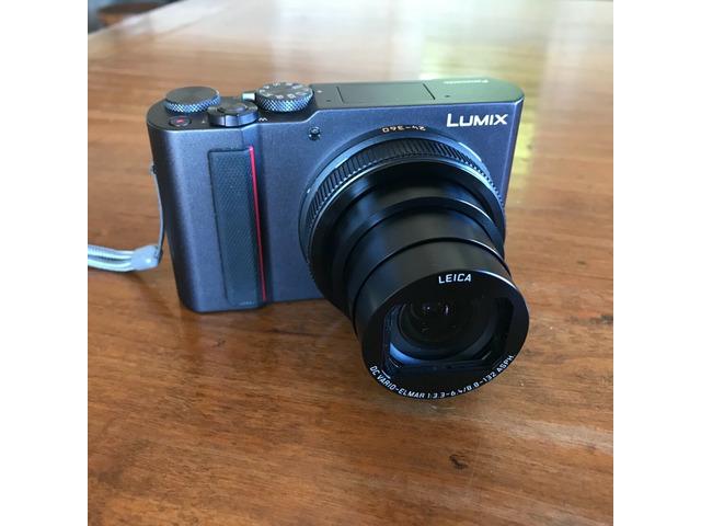 Panasonic Lumix DC-ZS200 20.1MP f/3.3-6.4 24-360mm ASPH Leica mint - 2/3