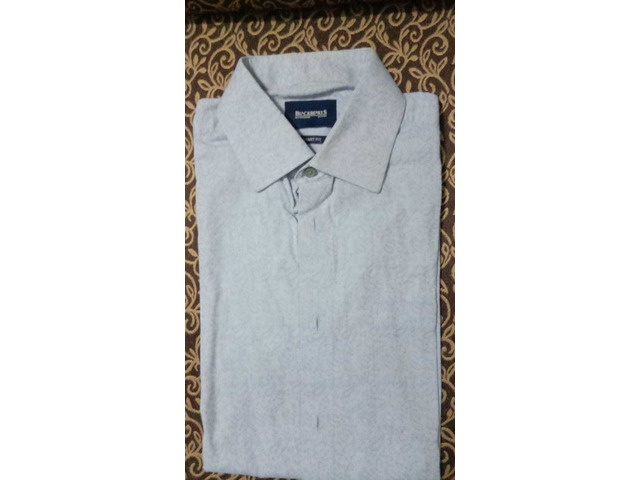4 FORMAL SHIRTS - CAN BE USED FOR OFFICE AND PARTY WEAR - 1/4