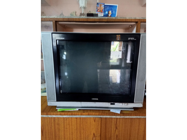 Colour TV - 1/1