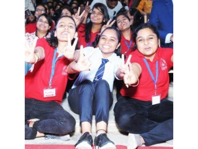 Best MBA College in Jaipur - 5/9