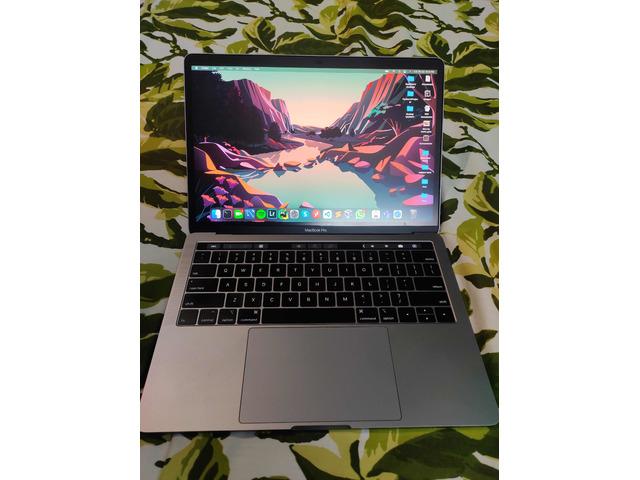 Macbook Pro 13' 2019 - 2/10
