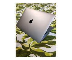 Macbook Pro 13' 2019 - Image 3/10