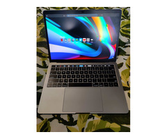 Macbook Pro 13' 2019 - Image 8/10