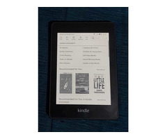 Kindle Paperwhite 10th Gen for Sale - Image 1/2