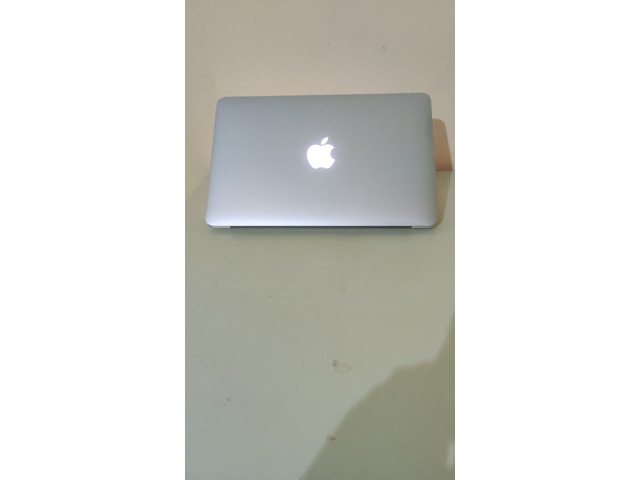 MacBook Air (mid 2012, 13 inch) NEGOTIABLE PRICE - 3/4