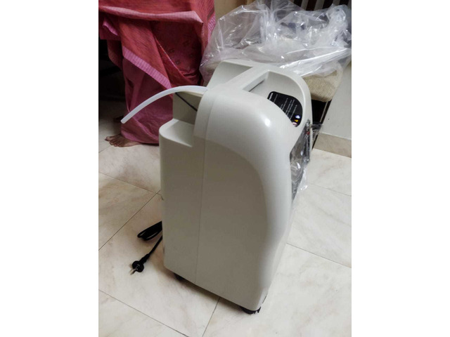 Unused oxygen concentrator - 5/10