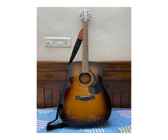 Yamaha F310 Guitar - Image 1/2