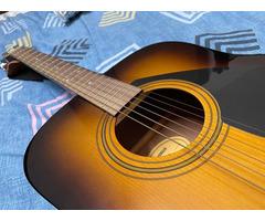 Yamaha F310 Guitar - Image 2/2