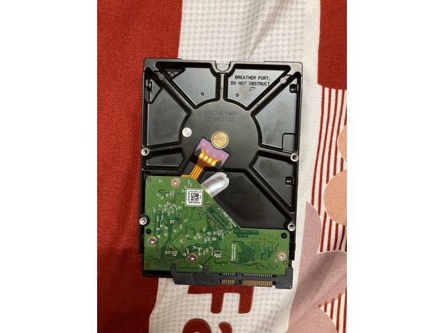 WD Purple Surveillance HDD ( 2 TB ) - 4/6
