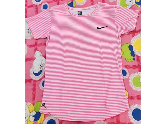 Nike pink top - 3/3