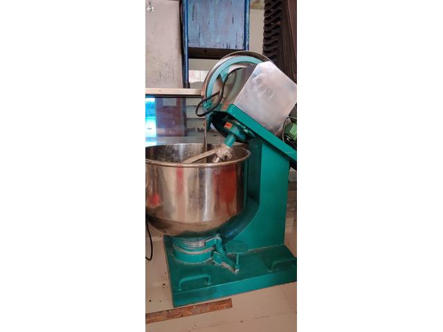 Fully Automatic Roti machine - 8/10
