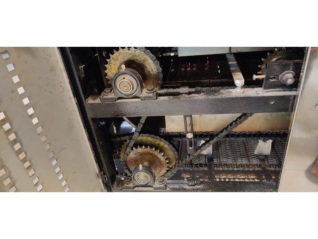 Fully Automatic Roti machine - 7/10