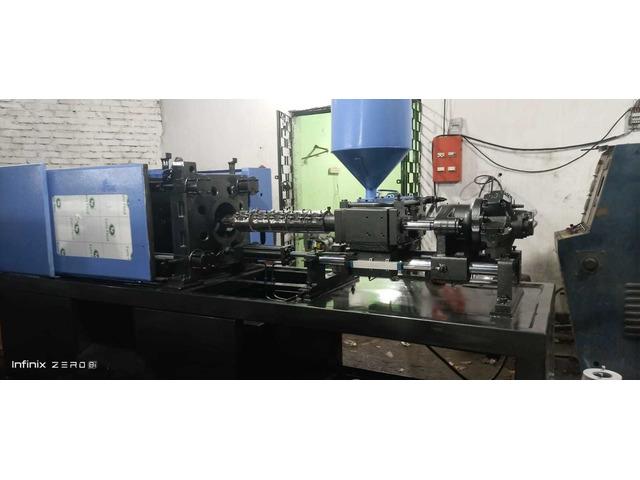 Used Injection Moulding Machine in kolkata - 4/5