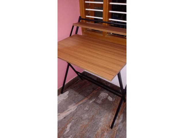 Study Table foldable brand new with full pacakage nilkamal brand walnut colour in good condition. A. - 5/10