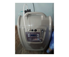 Oxygen concentrator barely used - Image 3/5
