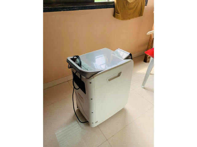 Oxygen Concentrator - 2/4